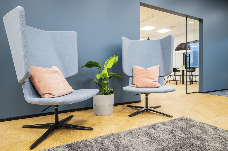 Tilakuva Tilasuunnittelutoimisto Sonja Aallon suunnittelemasta toimistosisustuksesta